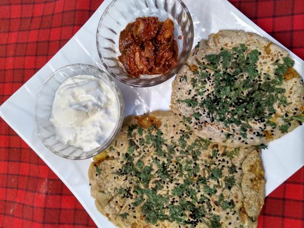 Amritsari Alu Kulcha
