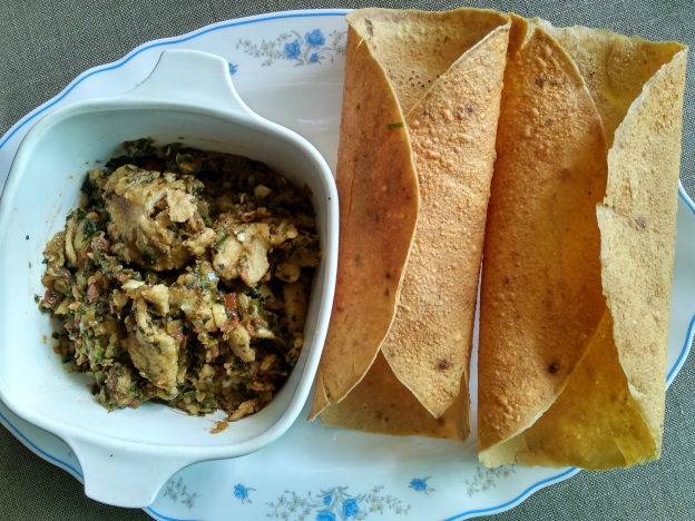 Seyal Roti with papad